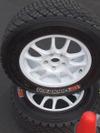 BFグッドリッチのステッカーが貼られたタイヤ